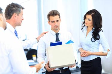 Выплаты при сокращении: что полагается сотруднику по закону?